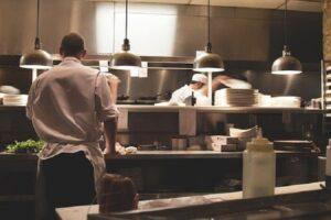 quais as habilidades e competências de um cozinheiro